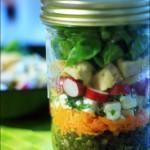 Salade composée printanière en bocal …